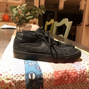 Nike Zoom Chukka Skate Sneakers Boys/men 6
